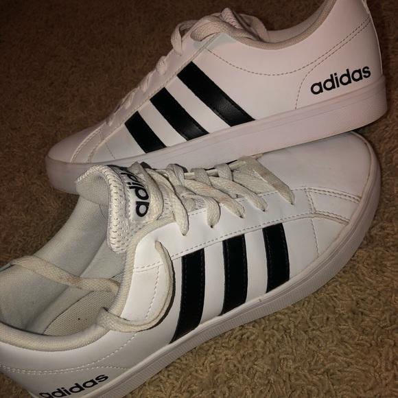 Women's Adidas Neo sneakers